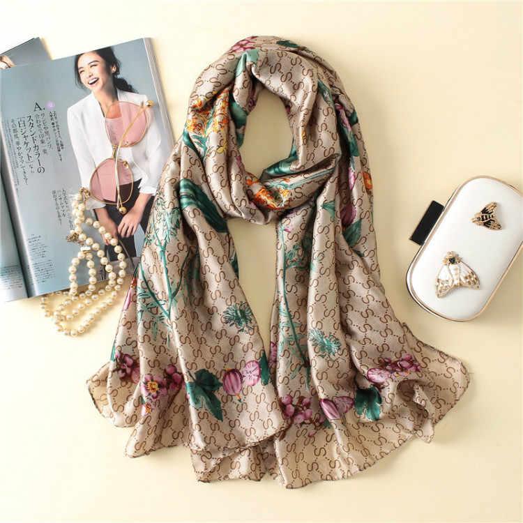 Bufandas de marca de lujo de verano para mujer bufandas de seda de estampado largo suave chal de señora y abrigo de diseñador pashmina bandana playa stoles hijab
