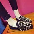2017 Spring new flat heel nieten shoes soft vintage rivet rhinestone shoes flats loafers women drive shoes