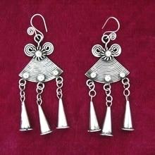 8fd0fd16a768 Viento nacional retro pendientes hechos a mano Miao pendientes  personalizados modelos femeninos trompeta