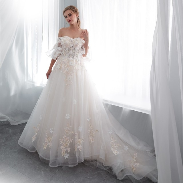 Vivian's Bridal 2018 Summer Sweetheart Princess Wedding Dress Flare Sleeve Floral Appliques Sweet Romantic Bridal Dresses