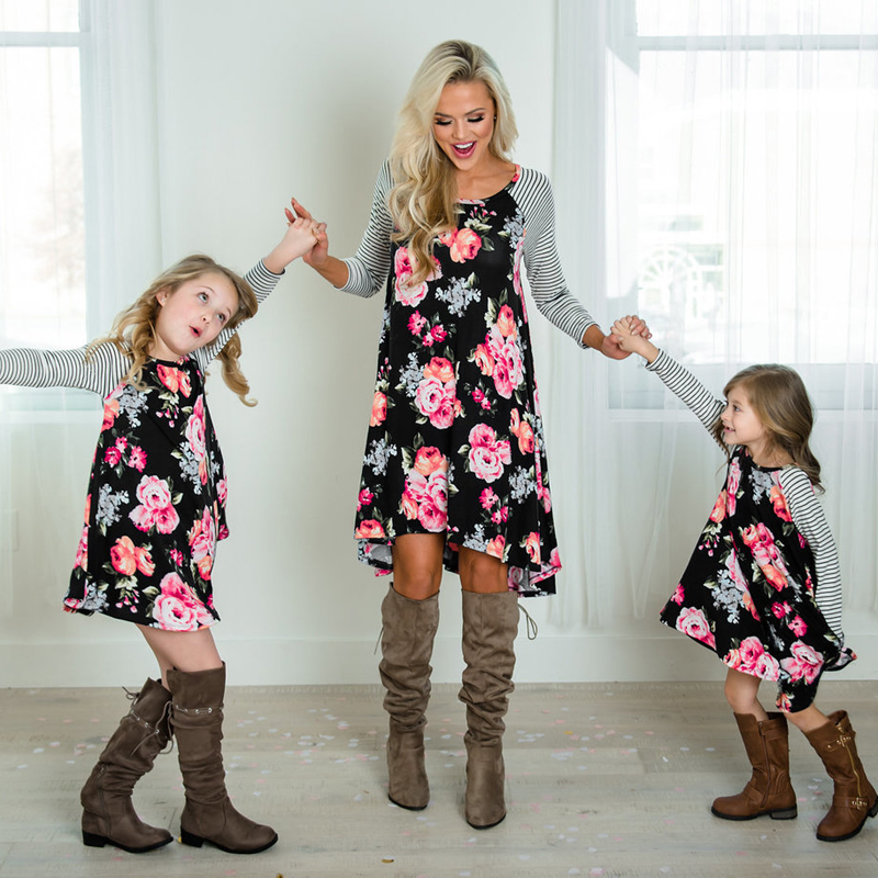 2-8T Mother and daughter Dress Floral Matching Mom Girls Family Clothes Outfits beach Dress Elegant princess Pageant vestidos telle mère telle fille vetement