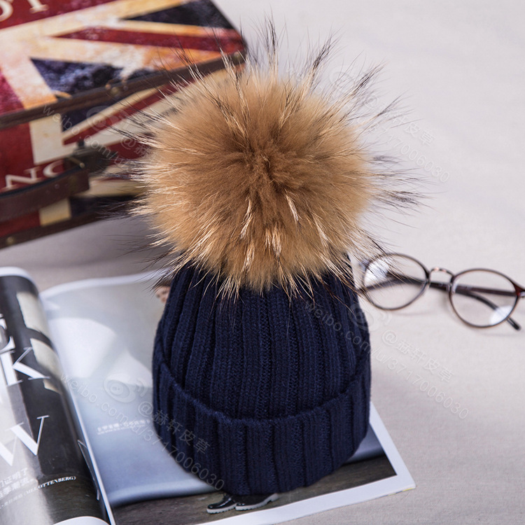 18cm Raccoon fur ball cap pom poms winter hat for women girl 's wool hat knitted cotton beanies cap brand thick new female cap high quality real fur ball pompom winter hat for women wool hat knitted cotton beanies cap brand new thick female hat