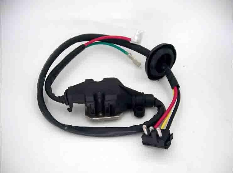 Blower Motor Resistor Cotrol Module Regulator 1298213351 for Ben z blower regulator motor resistor for mercedes ben w140 s320 s500 s600 1408218351