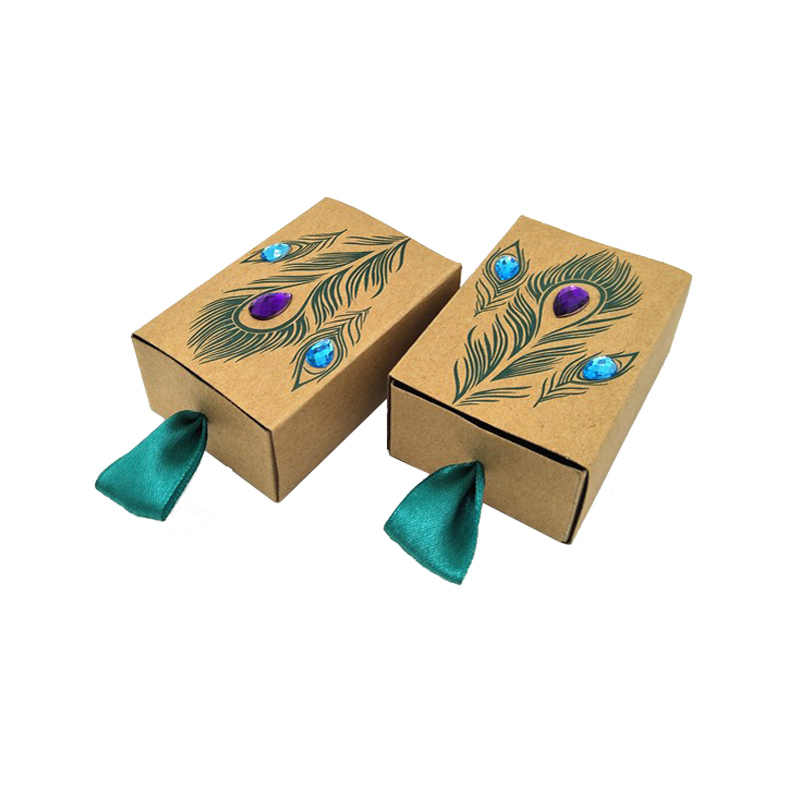 50 stücke Pfauenfeder Süßigkeitskästen Schublade Design Hochzeit Kinder Geburtstag Begünstigt Faux Rhinestone Kraft Papier Geschenk-boxen