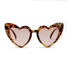 Heart Sunglasses Women brand designer Cat Eye Sun Glasses Retro Love Heart Shaped Glasses Ladies Shopping Driver Goggles women s glasses feminine goggles limited edition my love from the star sunglasses women brand retro female sun glasses mirrored