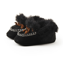 Купить с кэшбэком Delebao Fluffy Winter Baby Boots Warm Newborn Lace-up Toddler Cotton Boots Fashion Abrasive Cloth Baby Shoes Wholesale