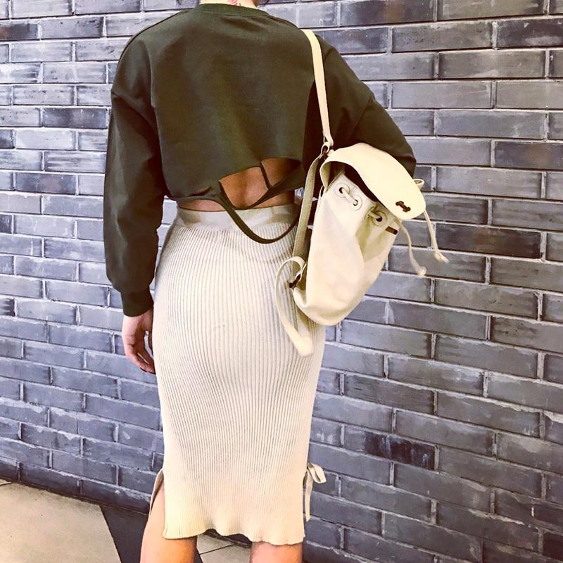 2904d8d47a3d 2017 Été Déchiré Trou Conçu Sweat Femmes Type Mince Élastique Tissu Une  Taille Adaptée Tous De Haute Rue Top Femmes dans Hoodies Et Pulls  Molletonnés de ...