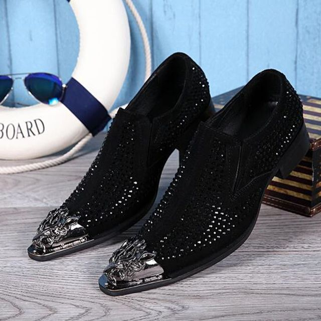 Men s fashion casual shoes Italian luxury men pointed toes rhinestone shoes  men wedding shoes wear leather shoes 944b20854c97