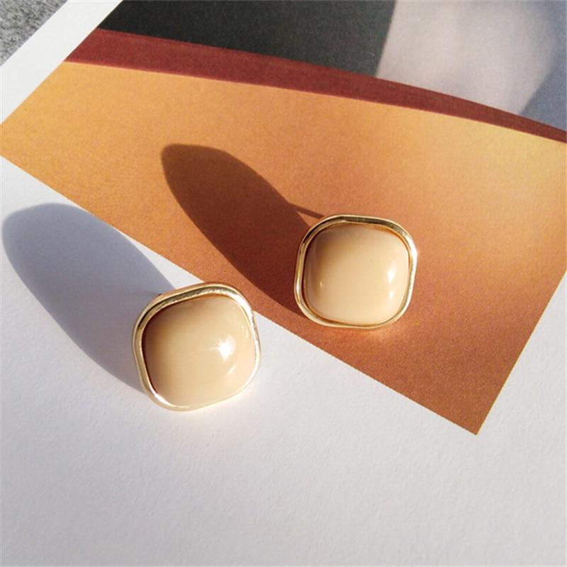Retro fashion contracted earrings Joker metal earrings earrings geometric trend Beautiful ladies earrings wholesale 4