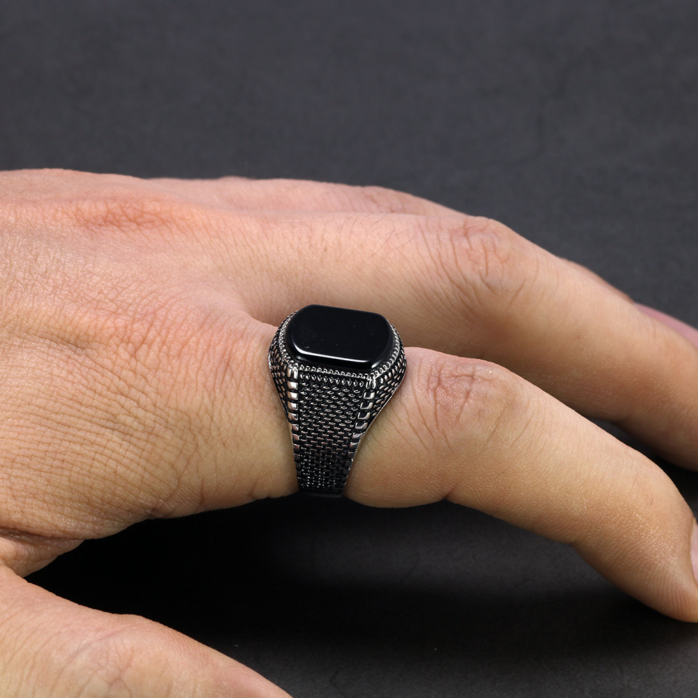 Image 4 - Turkey Jewelry Black Ring Men Light weight 6g Real 925 Sterling Silver Mens Rings Natural Onyx Stone Vintage Cool Fashion-in Rings from Jewelry & Accessories
