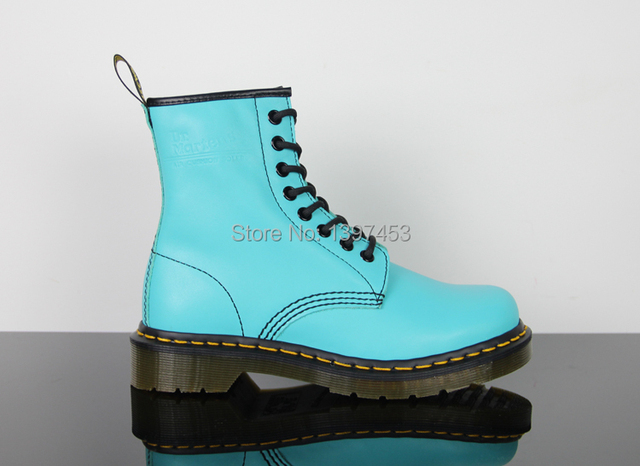 High Quality Dr 1460 8 Eye Martin Boots Light Blue SMOOTH Women s Genuine  Leather Shoes Ankle Martens Winter Boots Shoes 7a4363c7cdbd