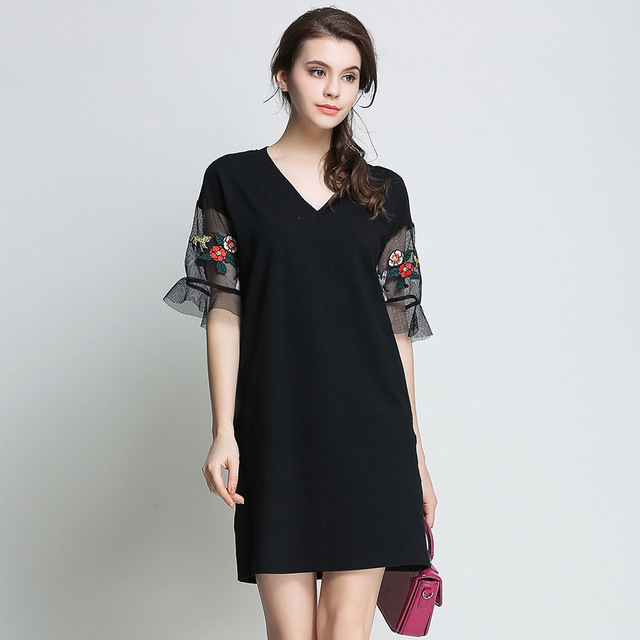 New 2017 Plus Size Women Embroidery Flare Sleeve Elegant Black Dress