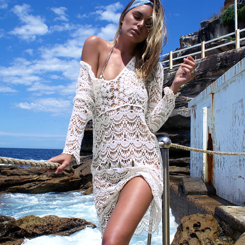 2017 Beach Cover Up Deep V Women Swimsuit Flower Beach Wear Tunic Women Crochet Dress Bathing Suit saida de praia cover bikini 1