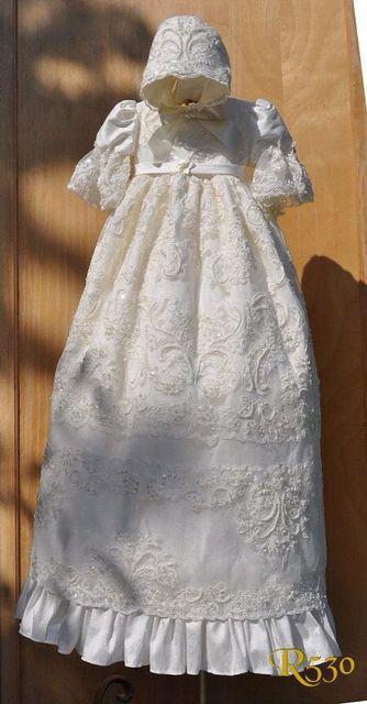 2016 Toda la venta Robe Traje de Bautizo Del Bebé Vestido de Bautismo Vestidos de Cuentas Apliques de Encaje Vestido De Noiva Con El Capo