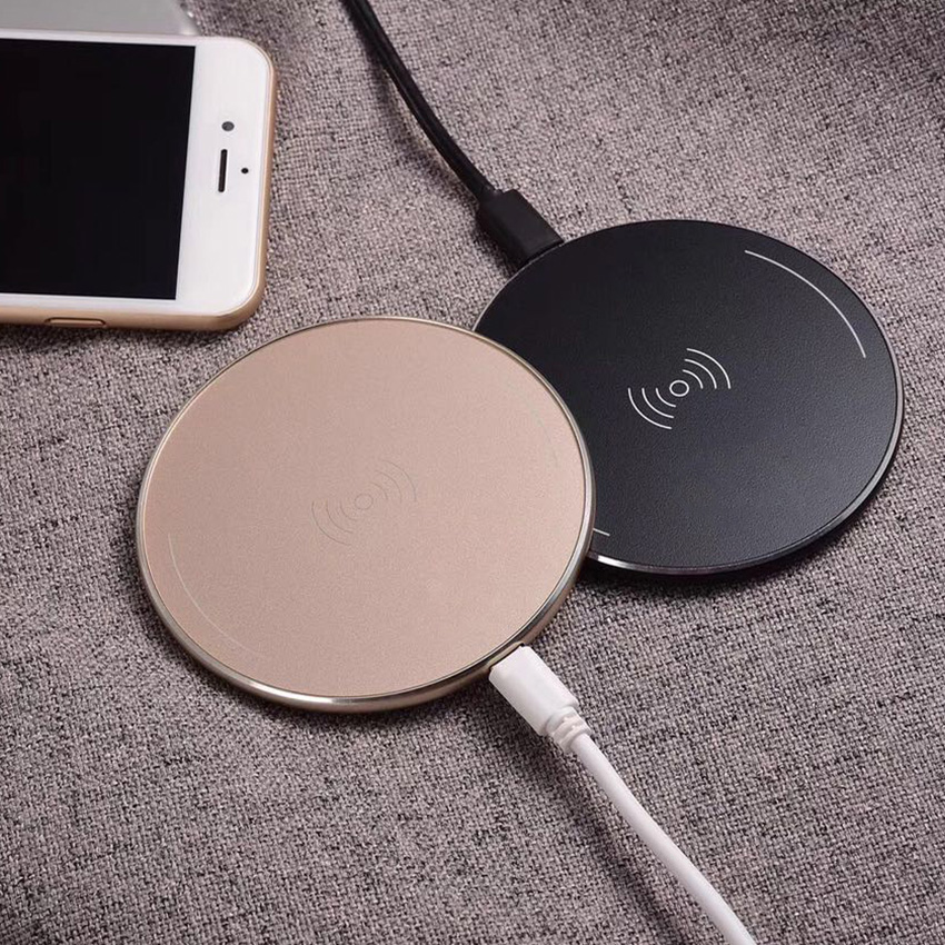10W Qi Wireless Charger for iPhone X Xs MAX XR 8 plus Fast Charging for Samsung S8 S9 Plus Huawei P30pro USB Phone Charger Pad in Mobile Phone Chargers from Cellphones Telecommunications