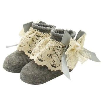 Par de calcetines de encaje Floral para bebés de 0 a 12 meses, bonitos calcetines al tobillo de algodón con lazo de princesa para niñas, 1 par