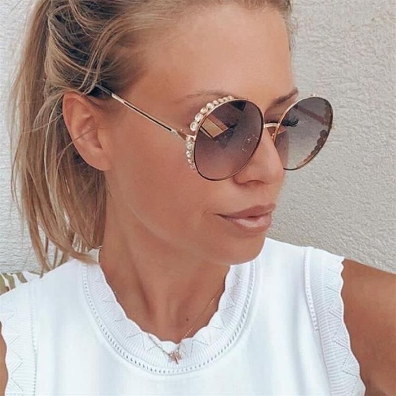 QPeClou Luxury Diamond Sunglasses Women 2019 New Fashion Metal Gradient Round Sun Glasses Female Shining Shades Gafas Oculos