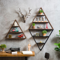 Creative Metal Industrial Triangular Wall Rack Coffee Shop, Tea Shop, Wall Wall Ornament Storage Holder