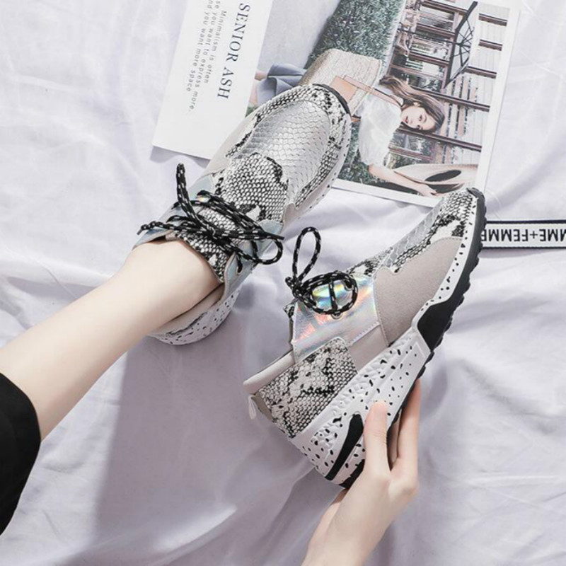 2019 women shoes new snake pattern bright casual female dad shoes color matching white ladies clunky sneakers tenis feminino