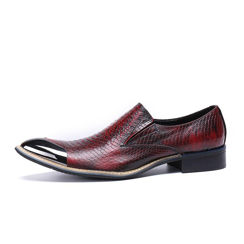 Mocassins Vestido Pé De Casual Handmade Sapatos Vermelho Dedo Homens Mabaiwan Chinelo Apartamentos Partido Respirável Do Crocodilo Vinho Couro Metal Moda Oxford Sapatas Dos qwtOxPF