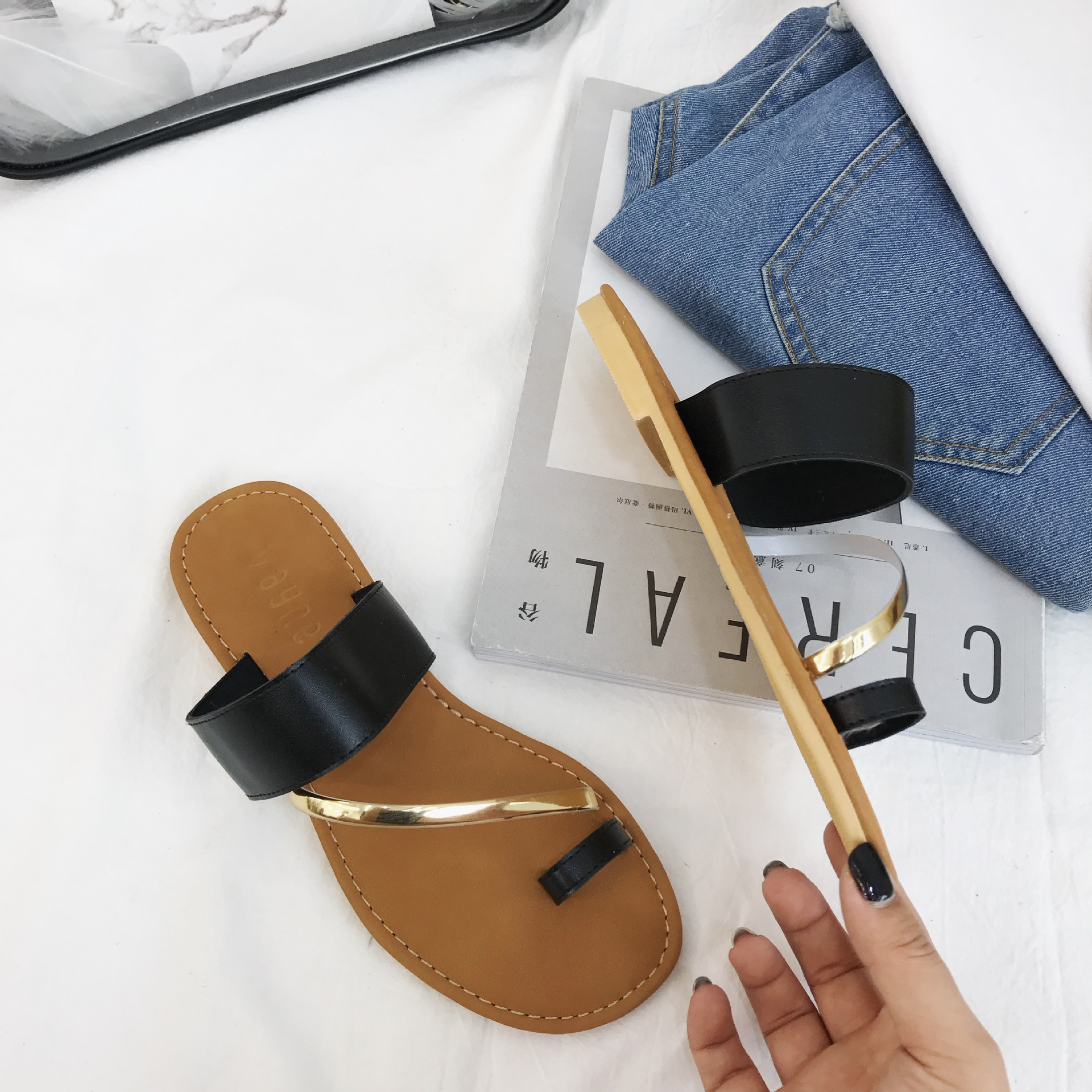 3581P new sandals and slippers female summer fashion wear comfortable sandals flat with beach shoes