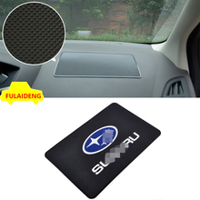 1 pcs Için Subaru Cep Telefonu Anti-Kayma Silikon sihirli sopa mat mat cep telefonu oto parçaları araba tasarım aksesuarları