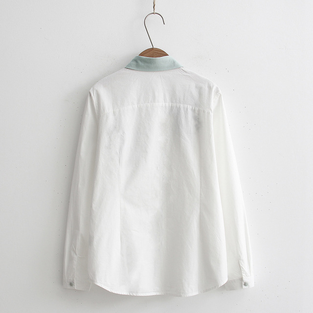 Floral Embroidery White Blouse 2