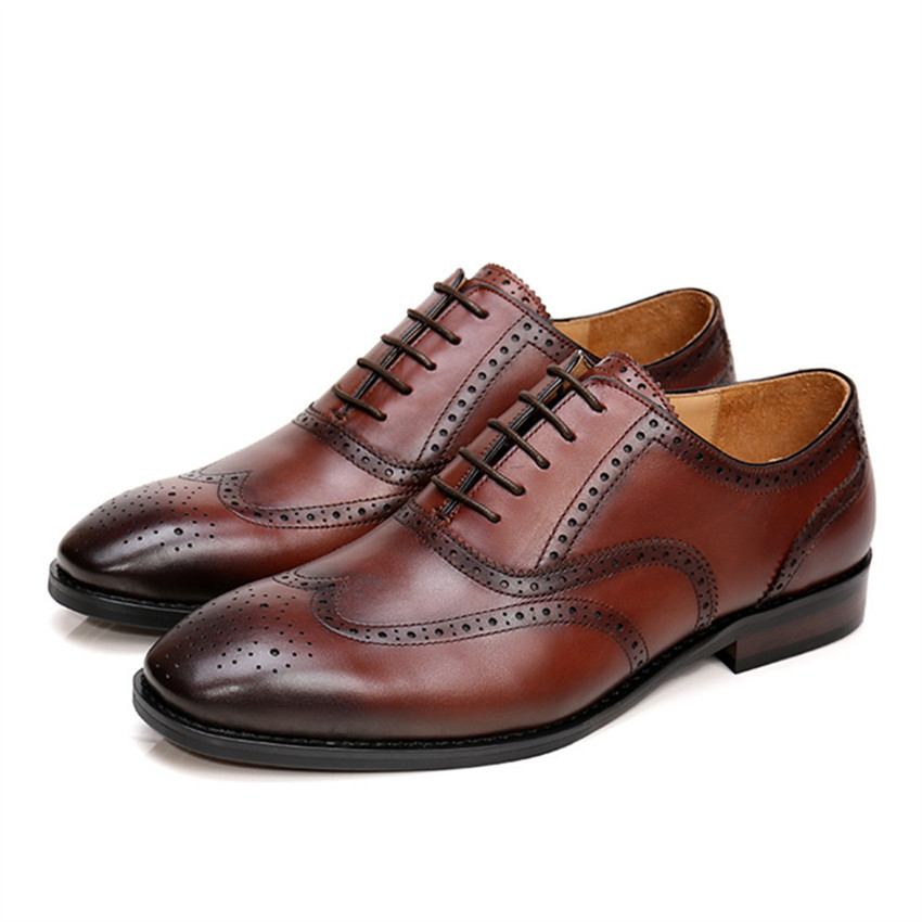 Vintage Hollow Out Mens Lace Up Genuine Leather Shoes Designer Men Business Oxfords Wedding Dress Shoe Chaussure Homme Creepers delicate rhinestoned geometric pendant necklace for women
