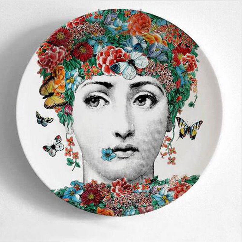 Fashion Milan Piero Fornasetti Plates Wall Hanging Dishes Sample Room/Home/Hotel/Bar Art Style Background Decoration