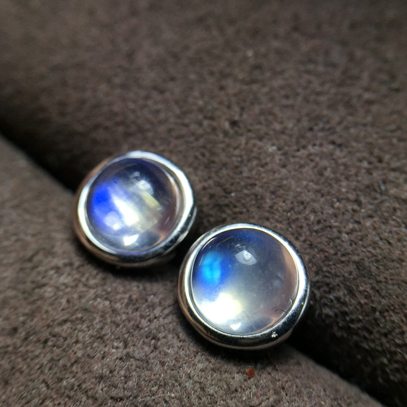 Uloveido Round Moonstone Stud Earrings for Women 925 Sterling Silver Wedding Jewelry 5 5mm with Velvet