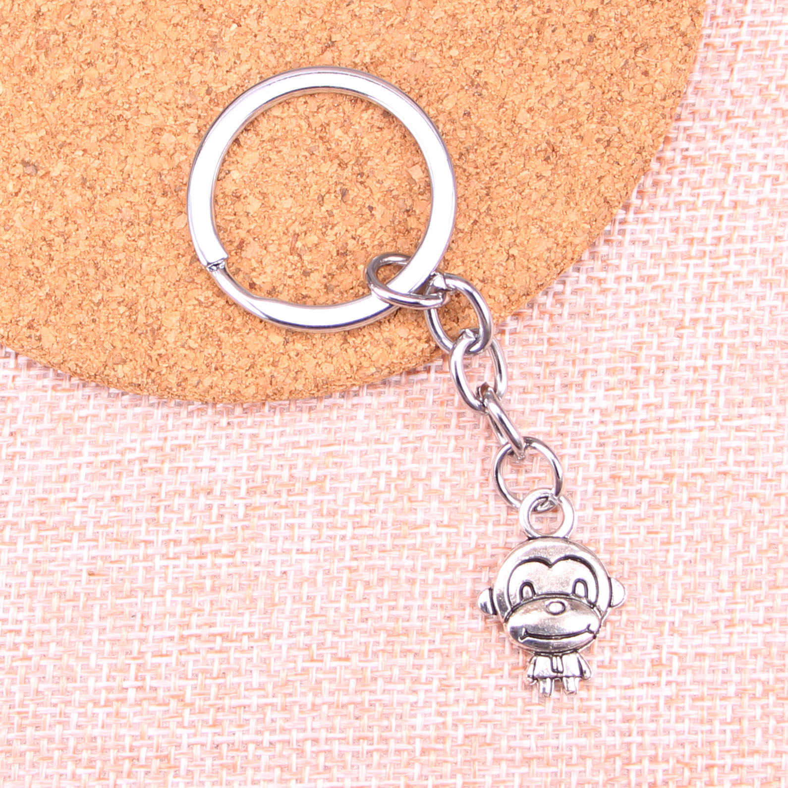 20 قطعة جديد وصول الصينية زودياك الخنزير الكلب الحصان ثعبان المفاتيح حلقة رئيسية ملحقات السلسلة صنع المجوهرات للهدايا