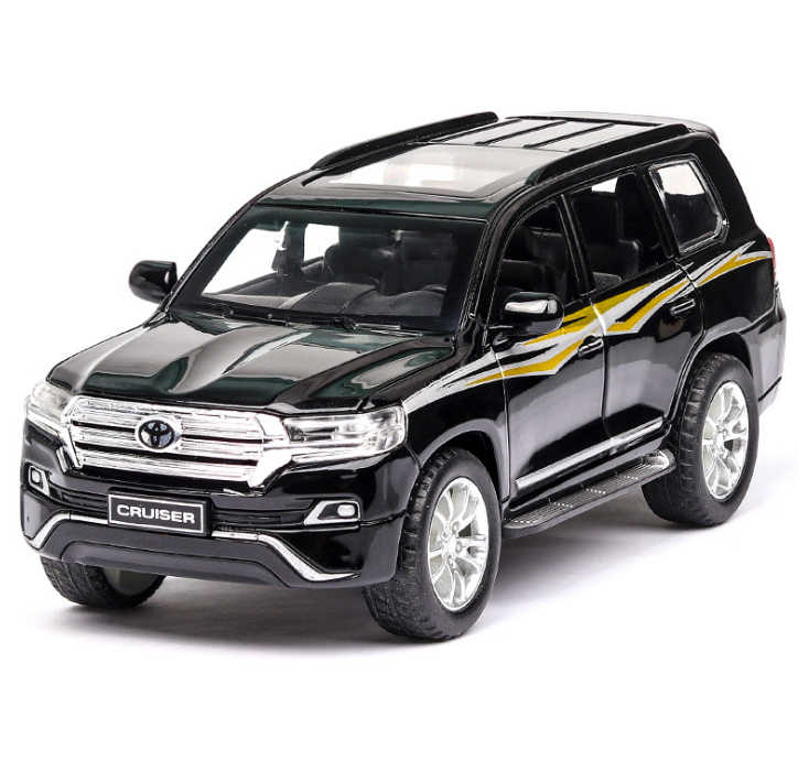 1:32 Toy Car TOYOTA LAND CRUISER Metal Toy Alloy Car Diecasts Toy Vehicles Car Model 6 Doors Can Opened Toys For Children