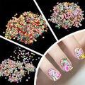 Nueva venta al por mayor 1000 unids Fimo arcilla flor fruta animales Slice etiquetas de DIY 3D Nail Art Sticker consejos para decoración de uñas belleza