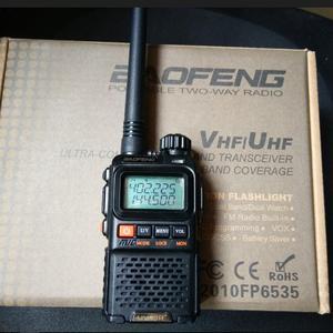 Image 2 - 2 Stuks Baofeng Uv 3R Plus Walkie Talkie Dual Band Twee Manier Radio Hf Transceiver Uv 3r Handige Ham Radio voor Jacht Pofung UV3R +