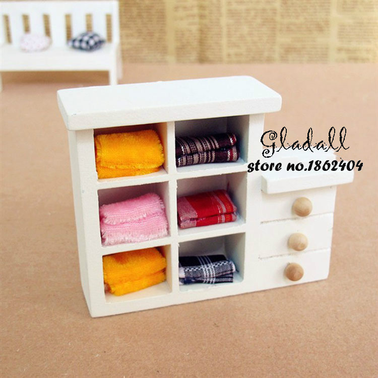 Free Shipping Kawaii Mini Dollhouse Furniture Small Play House Accessories For Dolls Gift For Children Wooden