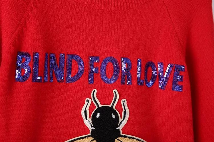 HTB1aHKWh93PL1JjSZFxq6ABBVXab - BLIND FOR LOVE Women Embroidery Sweaters Red Christmas Long Sleeve O Neck Floral Bee Sweater PTC 299