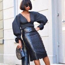 Женская черная юбка из искусственной кожи с жемчужинами и бусинами, высокая талия, Офисная Женская юбка-карандаш с разрезом сзади, до колена, Женская юбка миди