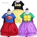Nuevo diseño para niños muchachas del vestido vestido vestido vestido de superman batman ninja hero ropa con capa niñas traje tutu enfant