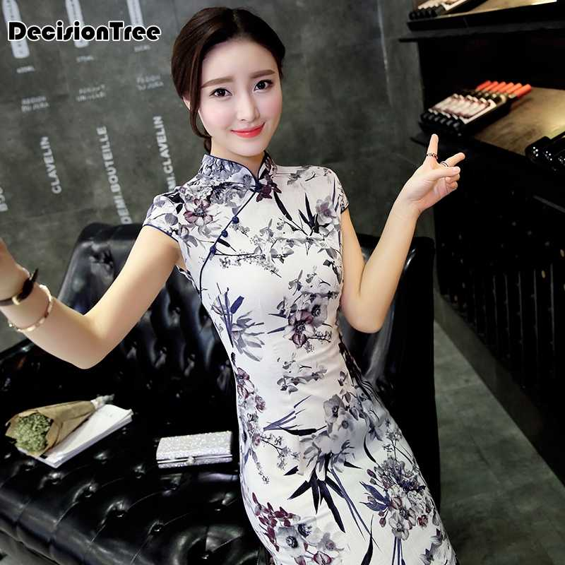 c551ad5ce 2019 summer chinese traditional dress women's silk satin cheongsam qipao  short sleeve dress flower cheongsam wedding