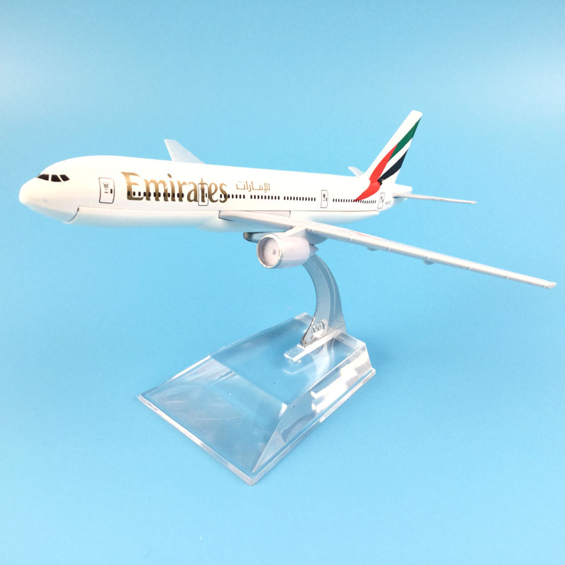 Plane Model Boeing 777 Emirates Airline Aircraft 777 Metal Solid Simulation Airplane Model For Kids Toys Christmas Gift