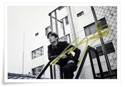 Shinhwa  Kim Dong-wan autographed signed photo UNCHANGING  4*6 inches authentic freeshipping  01.2017 got7 got 7 youngjae kim yugyeom autographed signed photo flight log arrival 6 inches new korean freeshipping 03 2017