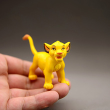 цена на New good quality Cute 1 piece 2.5cm high Simba Lion king Hyena action toys, Simba animal doll for children gifts B517