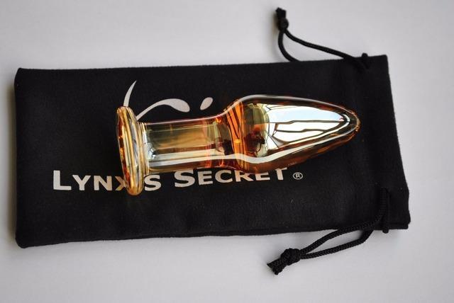 Gold crystal vagina anal dildo pyrex glass butt