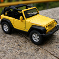 Gift for boy 1:32 13.2cm 2007 Jeep Wrangler Rubicon roadster car delicate vehicle alloy model acousto-optic pull back game toy