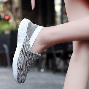 Image 5 - STQ 2020 סתיו נשים סניקרס נעלי רשת לנשימה Tenis Feminino להחליק על גבירותיי מקרית דירות סניקרס נעלי אישה 1869