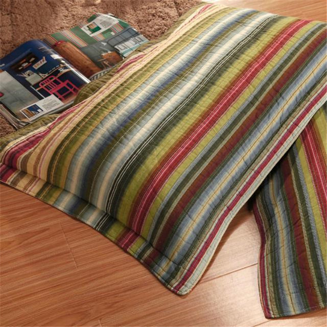 Retro Striped Queen Size Bedding Set