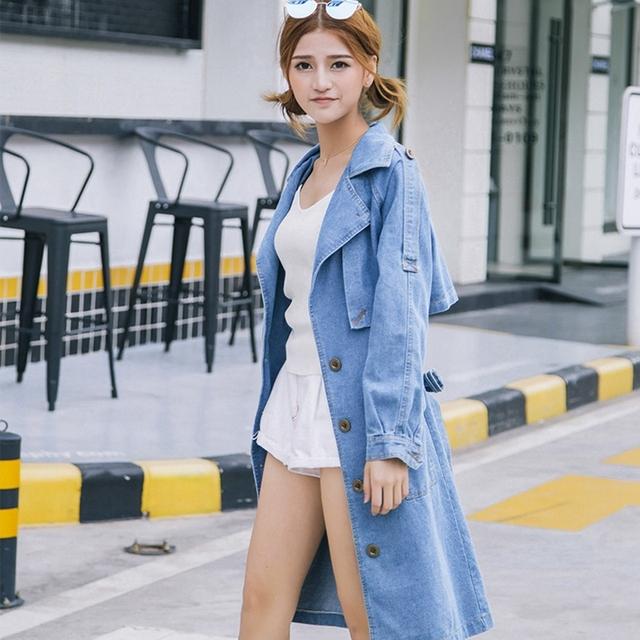 2016 Nueva Moda denim trench coat mujeres Harajuku largo Cowboy coats ladies otoño invierno cuello de la chaqueta Rompevientos outwear L6190