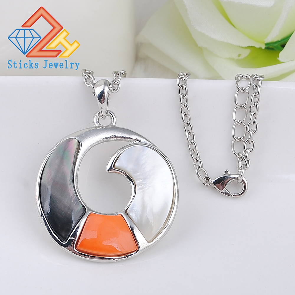 Charm Crystal Pendant Ladies Fashion Metal Collar llamativo Bijuterie Natural Shell Dubai Jewelry Colgante Marca Mujeres Boda