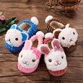 100% niños del algodón lindo conejo de Dibujos Animados de invierno Zapatillas niños niñas zapatos caseros niños calientes zapatos de invierno zapatos de interior suaves