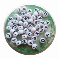 New Arrival 3000PCS Lot 5 7MM Flat Round Coin Acrylic Letter Beads Assorted A Z White